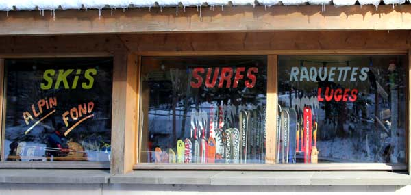 location skis surfs